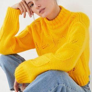 NWT UO Mockneck Botanical Dandelion Sweater